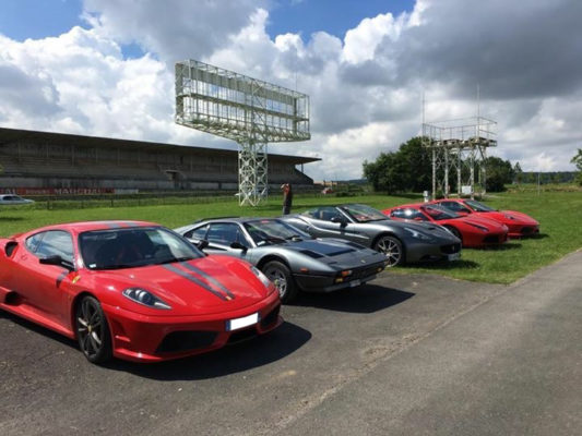 (32) Week end Champagne 2016 | Scuderia Ferrari Club-